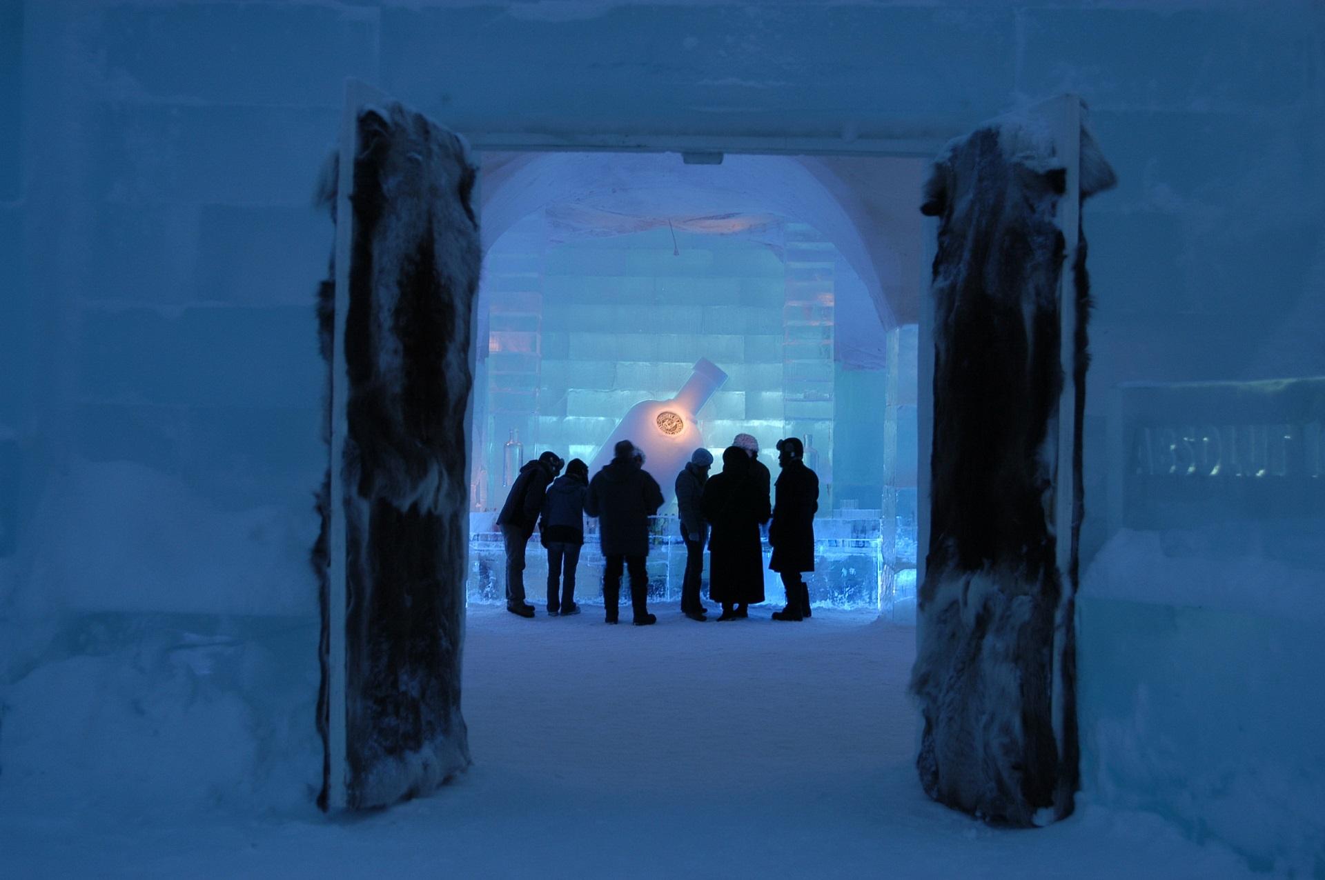Eishotel: Beschreibung / Sandozconcept - Winterreisen weltweit